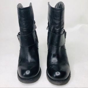 Very Volatile black leather upper women boots SZ:8